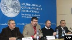 Konferencija za novinare Srpskog pokreta obnove u Medija centru u Čaglavici