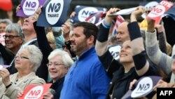 14일 스코틀랜드 에딘버러에서 영국으로부터의 분리 독립에 반대하는 주민들이 집회를 열었다.