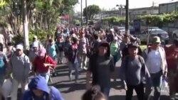 Près de 2.000 migrants centraméricains marchent vers les USA (vidéo)