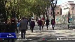 Në Shqipëri nisi sot mbajtja e detyruar e maskave në mjedise publike