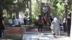 Azərbaycan milli azadlıq hərəkatının liderinin ad günü məzarı başında qeyd edilib