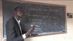 肯尼亚兰加塔女子监狱犯人学习法律