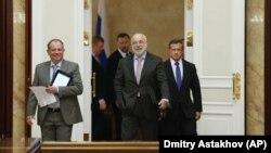 Вексельберг та Дерипаска та інші російські бізнесмени, фото 2013 року