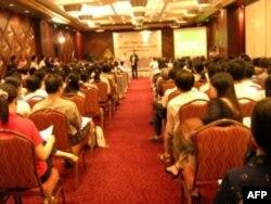 Hội thảo du học đầu tiên của VietAbroader, 2005