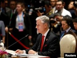 白宮國家安全顧問羅伯特·奧布萊恩2019年11月4日在泰國曼谷舉行的東盟-美國峰會上講話。