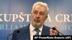ARHIVA - Premijer Crne Gore Zdravko Krivokapić (Foto: AP/Risto Božović)