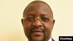 Sunday Akin Dare, Ministan Matasa da Wasanni