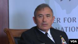 美军太平洋司令部司令哈里斯上将(Admiral Harry Harris)在华盛顿战略与国际研究中心讲话(2016年1月27日,美国之音黎堡拍摄)