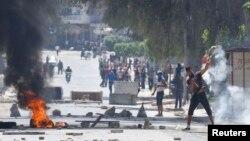 突尼斯伊斯蘭激進分子與警方發生街頭巷戰