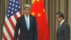 جان کری ارتباط بین مذاکرات هسته ای ایران و نبرد با «داعش » را تکذیب می کند