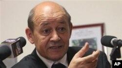 Fransa Savunma Bakanı Jean Yves le Drian
