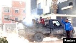 Wasu dakarun gwamnatin Firai Minista Sarraj, a birnin Tripoli a lokacin da suke kai hari