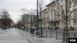 """立陶宛首都維爾紐斯主要大街-格基米諾大街,曾是1991年""""一月事件""""主要發生地。(美國之音白樺拍攝)"""