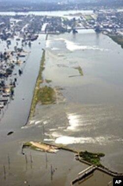 L'administraion Bush avait été critiqué pour sa réponse aux inondations causées par l'ouragan katrina