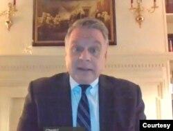 美国联邦众议员史密斯在网络大会上
