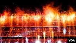 Las fiestas se extendieron durante toda la noche tanto en el centro de la ciudad como en el estadio Camp Nou.