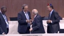 Comité de Ética de la FIFA suspende a Blatter