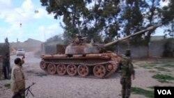 لیبیا به دنبال سلاح سنگین برای مبارزه با تروریزم