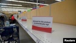 2020年3月13日美国俄亥俄州代顿市一家超市限购的通知。