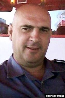 Tuzlanski sud je presudio da se osuđeni policajac Vedran Matović treba vratiti na posao jer zbog otkupljene kazne nikada nije otišao u zatvor (Foto: preuzeto sa Klix.ba)