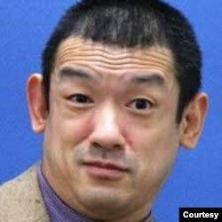 日本东洋学园大学现代经营学部教授樱田淳