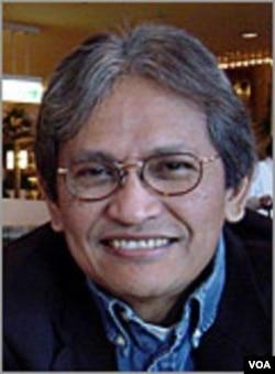 Profesor Iwan Jaya Aziz