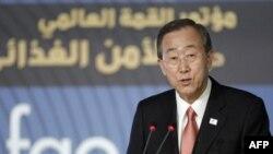 Tổng thư ký Liên hiệp quốc Ban Ki-moon kêu gọi Miến Điện trả tự do cho bà Aung San Suu Kyi và các tù nhân chính trị khác trước khi tổ chức bầu cử trong năm nay