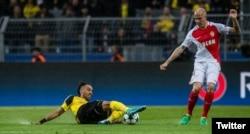 Imagen del partido Borussia Dortmund - Mónaco compartida por el club Borussia en su cuenta de Twitter @BVB