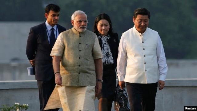 Thủ tướng Ấn Độ Narendra Modi và Chủ tịch Trung Quốc Tập Cận Bình tại Ahmedabad, ngày 17/9/2014.