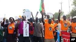 Des Sud-Soudanais manifestant en faveur du référendum