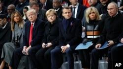 پرزیدنت ترامپ و ولادیمیر پوتین در مراسم گرامیداشت پایان جنگ جهانی اول در فرانسه