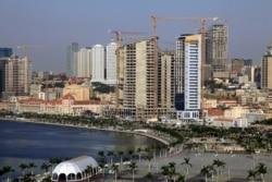"""""""Governo tem de explicar situação financeira de Angola"""", diz Alves da Rocha - 2:06"""