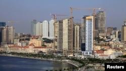 Vista panorâmica da baía de Luanda