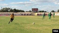 Emdlalweni weChicken Inn le FC Platinum