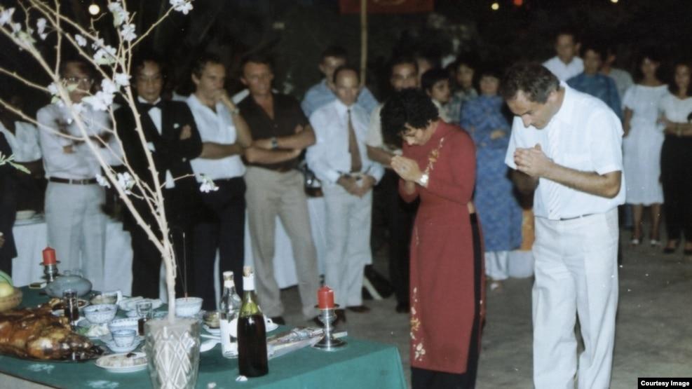 Tết Giáp Tí 1984 ở Togo, châu Phi. (Ảnh: Bùi Văn Phú)