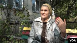 Киянка Ірина скаржиться на засилля реклами наркотиків