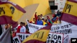 El presidente de Venezuela aseguró que las posibles sanciones departe de EE.UU. contra funcionarios de su gobierno no detendrán su proyecto socialista.