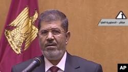 穆罕默德‧穆爾西星期六宣誓就職。