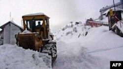 Pripreme za turističku sezonu u ski centru Brezovica (arhivski snimak)