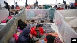 Migranti u privremenom skloništu u kampu Lipa, 26. decembra 2020.