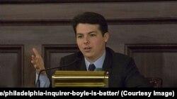 Брендан Бойль, конгресмен-демократ від 13-го округу у штаті Пенсильванія, що покриває ФІладельфію та округ Монтґомері.