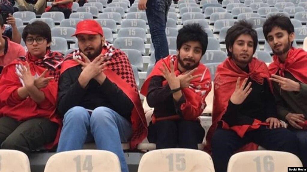 Risultati immagini per حضور دختران در استادیوم