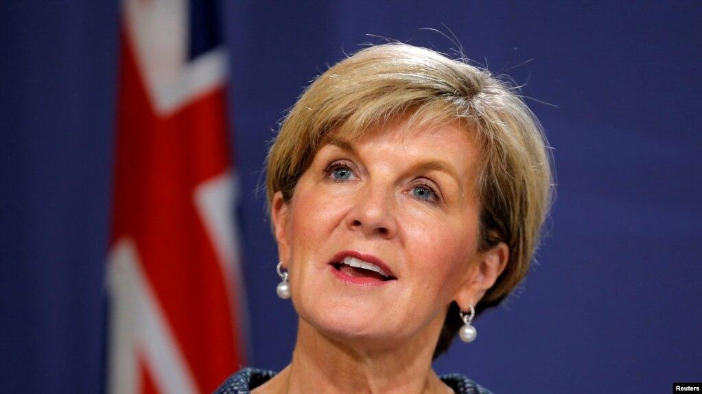 Bộ trưởng Ngoại giao Australia Julie Bishop phát biểu tại cuộc họp báo chung với Bộ trưởng Ngoại giao New Zealand Gerry Brownlee ở Sydney ngày 4/5/2017.