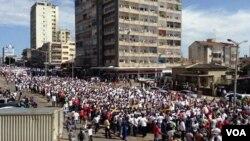 Maputo: Manifestação de 31 Outubro de 2013