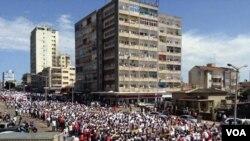 Mozambique Moçambique Maputo manifestação Outubro 31 2013