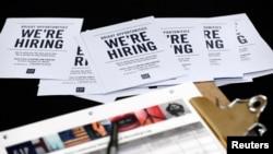 Las solicitudes de beneficios por desempleo en EE.UU. han llegado a su mínimo en cuatro décadas.