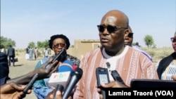 Le président du Faso Roch Kaboré à Yirgou, le 6 janvier 2019. (VOA/Lamine Traoré)