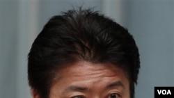 Menteri Luar Negeri Jepang Koichiro Gemba melakukan kunjungan ke Beijing (23/11).