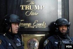 La Torre Trump en Nueva York, residencia principal del presidente Donald Trump y donde aún permanece la mayor parte del tiempo la primera dama Melania Trump y su hijo Barron.