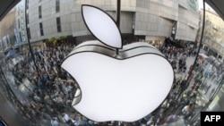 Укус «Яблока»: нью-йоркский спектакль критикует Apple